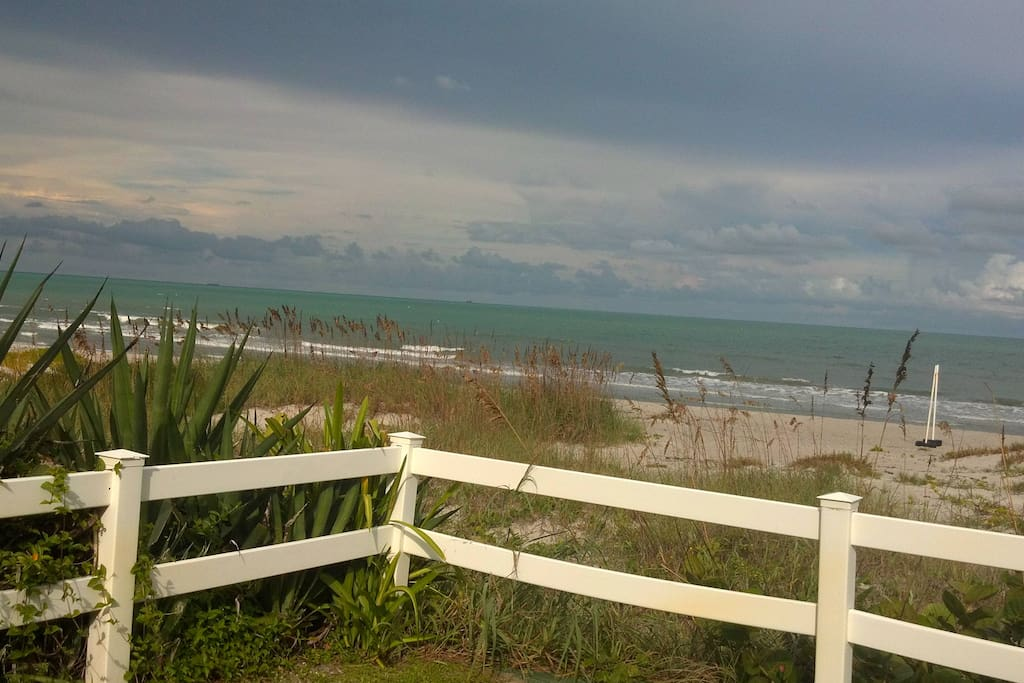 Our Space Coast Beaches 12 minutes away! https://www.spacecoasteventcalendar.com/