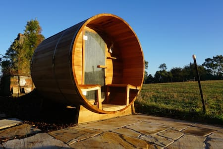 *NEW * Spa /sauna. Ringarooma close to Derby.