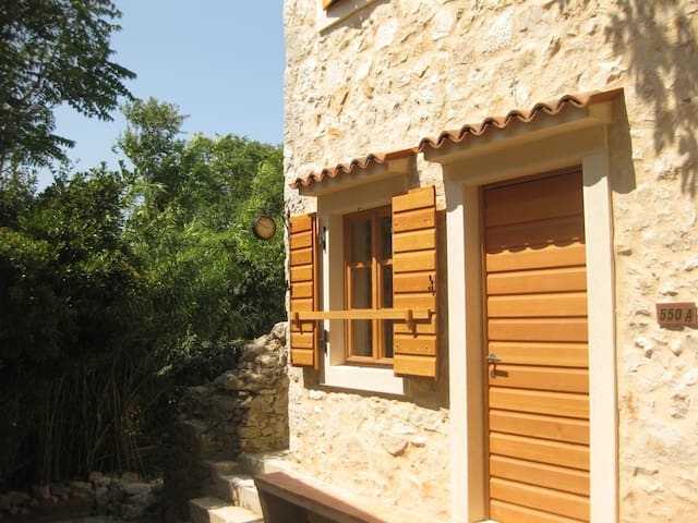 Susak-Sansego House Jovanica 550a