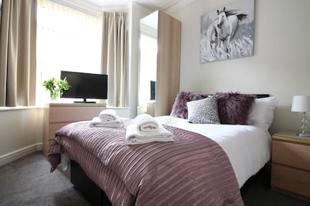 Diamond - Beechfield House Suite 1 - Doncaster