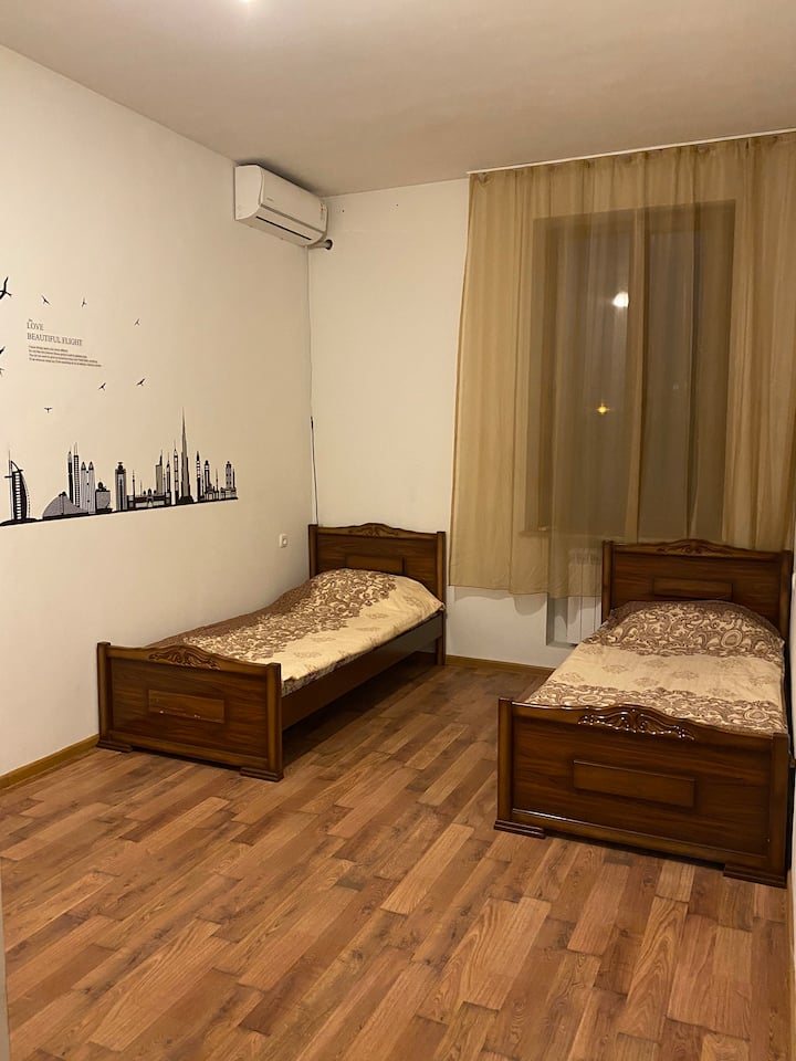 Mama Hostel /Double room/ Air Conditioner