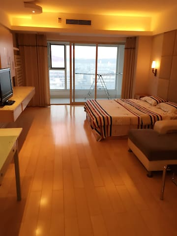 海悦雨琪观海公寓 - 威海 - Apartament