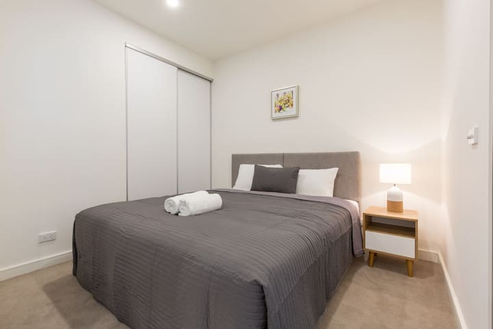 Ellia Apartments - Doncaster ( 106-N )