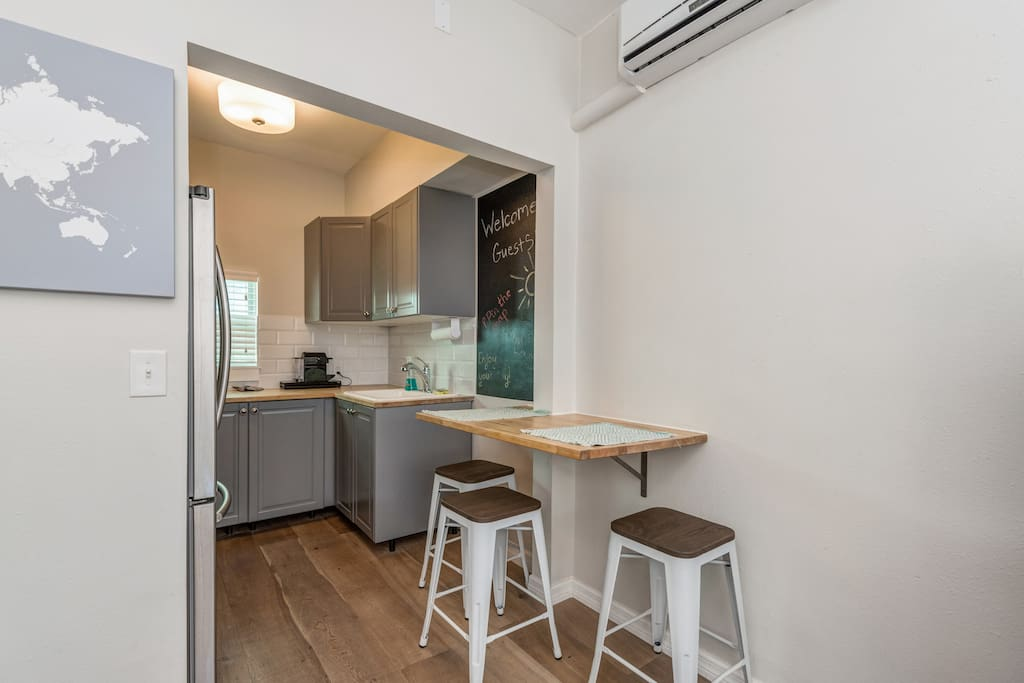 beach loft style studio appartements louer. Black Bedroom Furniture Sets. Home Design Ideas