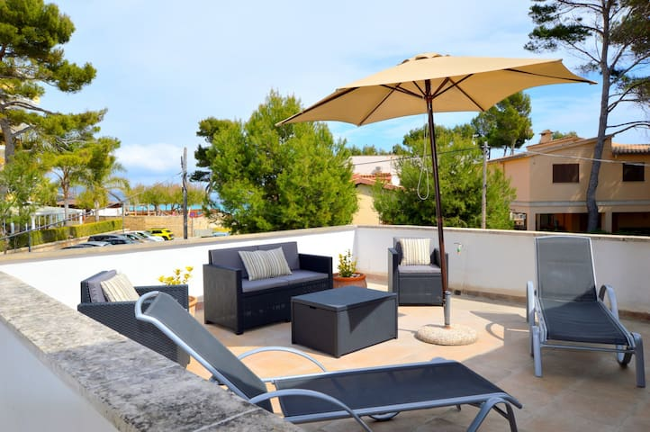Cozy apartment to 4O meters from the beach 6474624