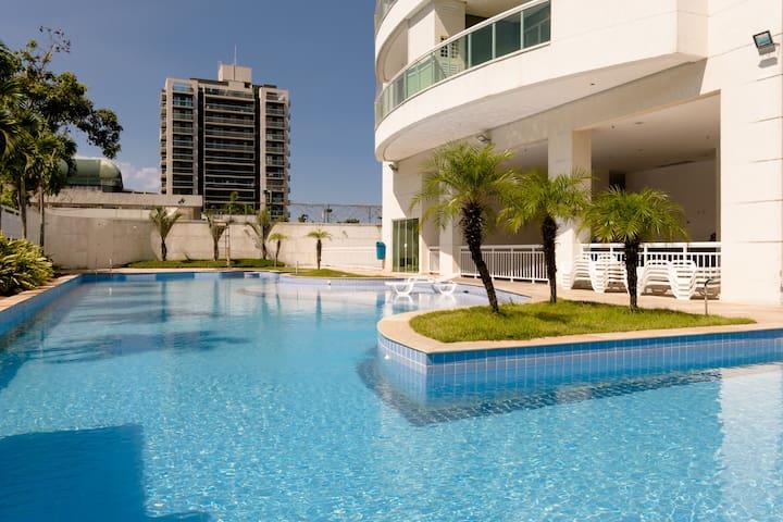 Praia, Piscina e Churrasqueira :) - Rio de Janeiro - Apartamento