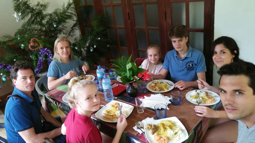 Ceylon Shine Home Stay_Stay With Locals-Kandy