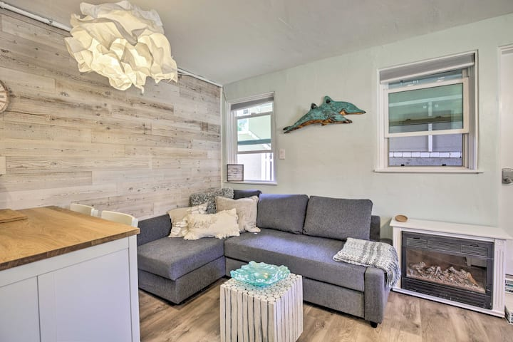 San Diego Studio w/Views of Marina & Downtown