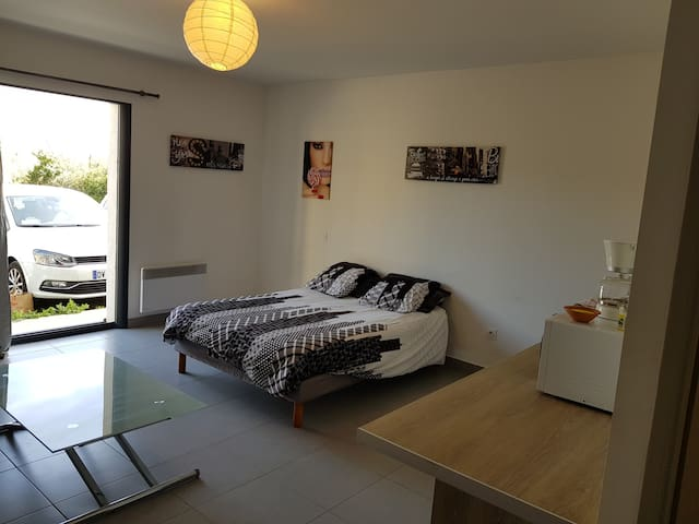 Studio 27 m² avec parking