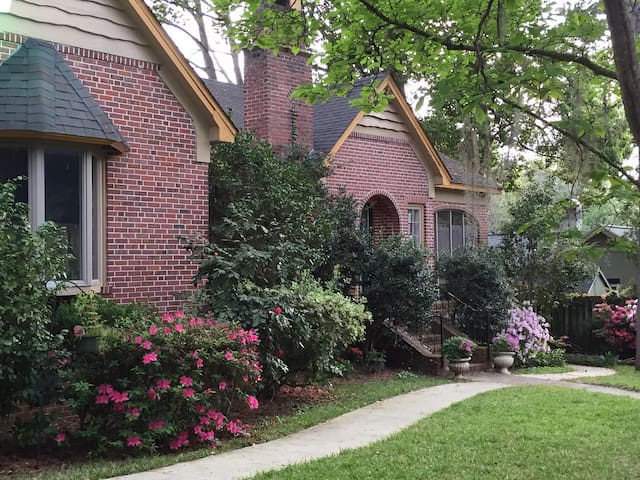 Historic downtown park front Tudor Cottage