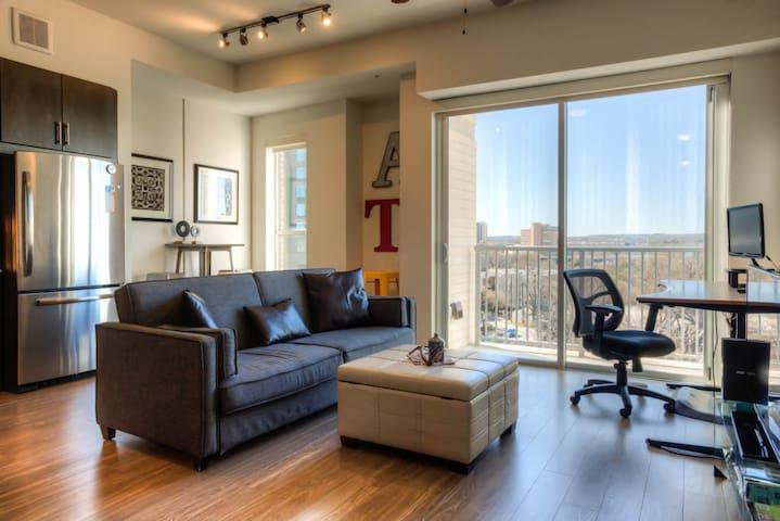Modern Downtown Apartment Next to Lady Bird Lake - Austin - Leilighet