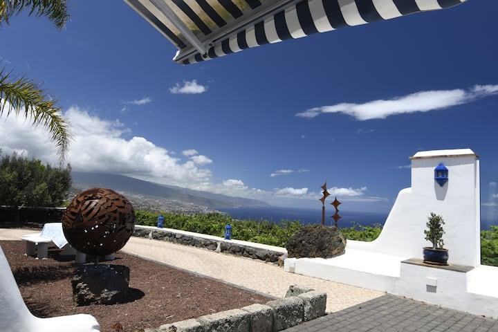 Vistas Spectaculares en Finca con Viñedos Seaview