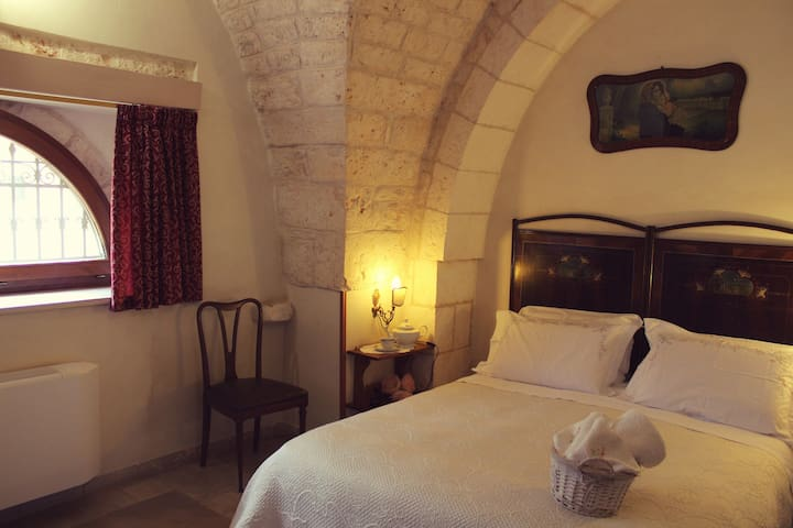 Masseria Tolla Bed & Breakfast