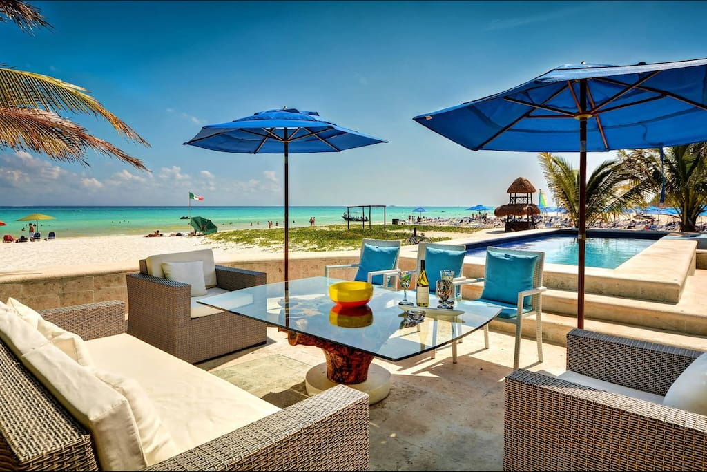 Outdoor Beach-Front Common Areas