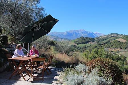 Charming Villa with Stunning Views of Gran Sasso