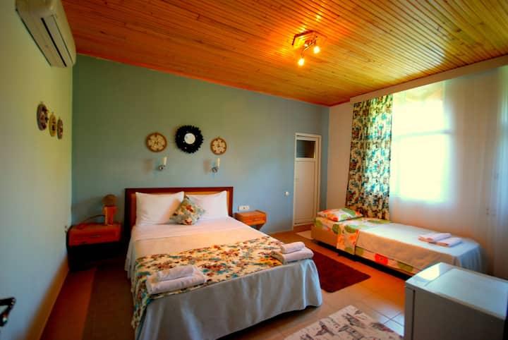 Cemils guest house4