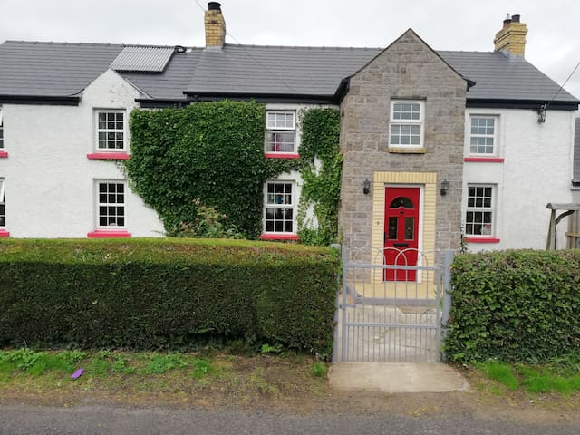 Ivy House 1