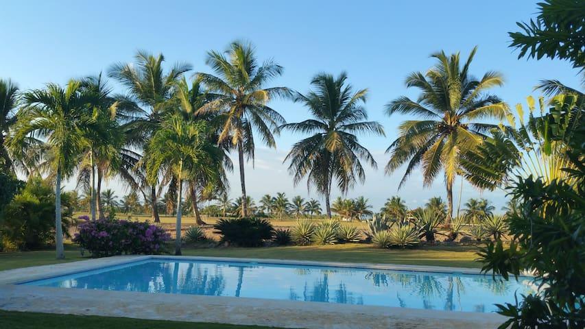 Villa CRISTINA la estancia resort