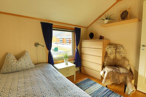 "Polar Bear Lodge (single bedroom ""Nordenskiöld"")"