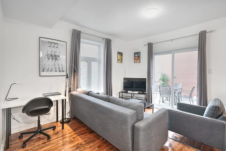 Liv MTL* 60% Off * MTL 302 Modern 1BR | Relaxed Getaway + Spacious Rooftop Patio + Office + Pets Stay Free!