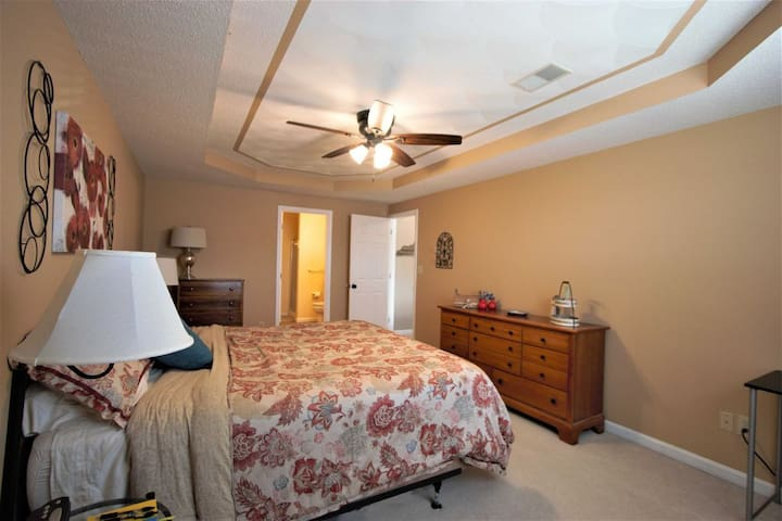 Farley's luxury apartment