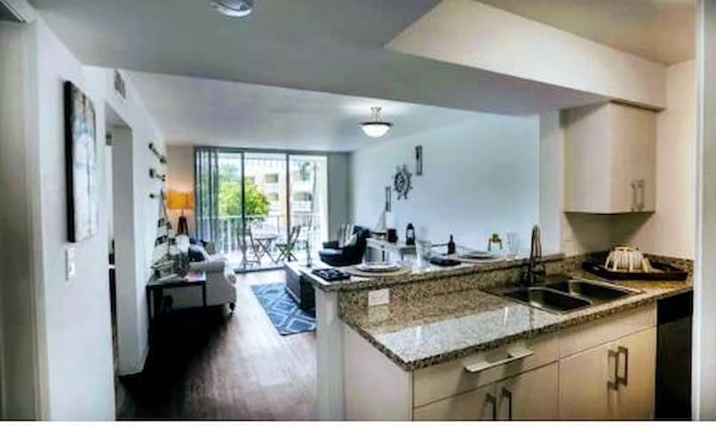 Ocean front vibrant, and utterly exceptional condo