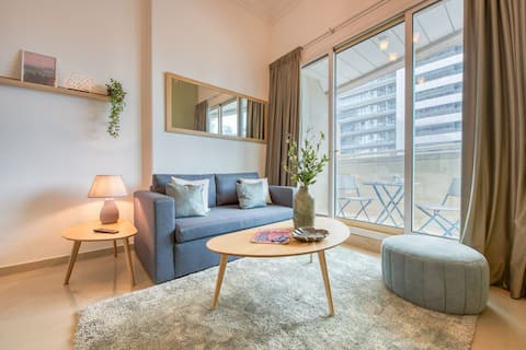 A dreamy 1BHK luxury apartment in Dubai Marina.