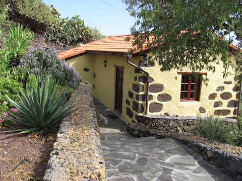Casa Mariposa     Isora,  El Hierro