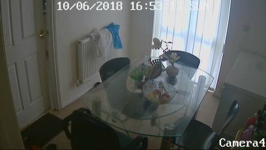 Single Bedroom in a very secured house with cctv..