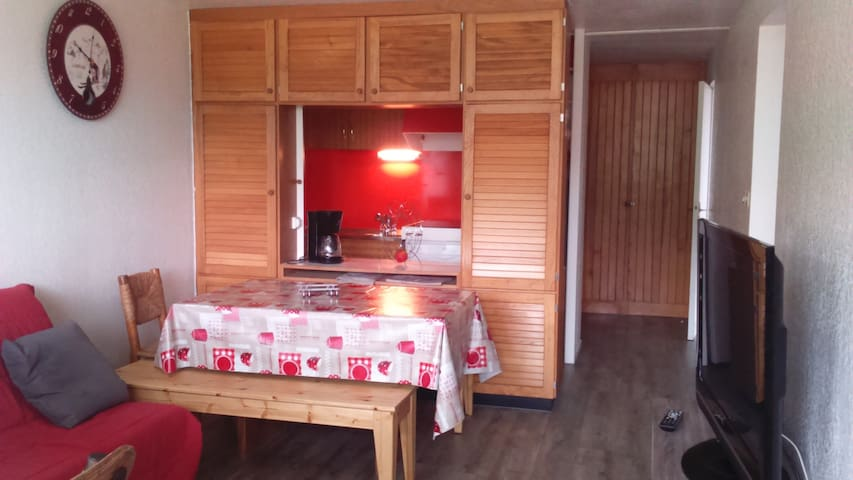Appartement en accès direct aux pistes - Besse-et-Saint-Anastaise - Apartment