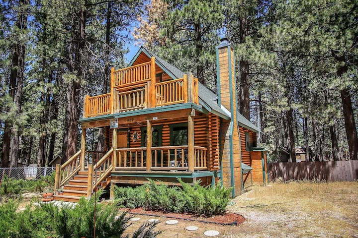 Bear Lake Hideaway, Cabin w Spa