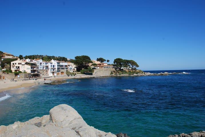 Calella de Palafrugell, Canadell beach, C brava