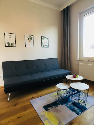 charming sunny modern 2 rooms apartment in center