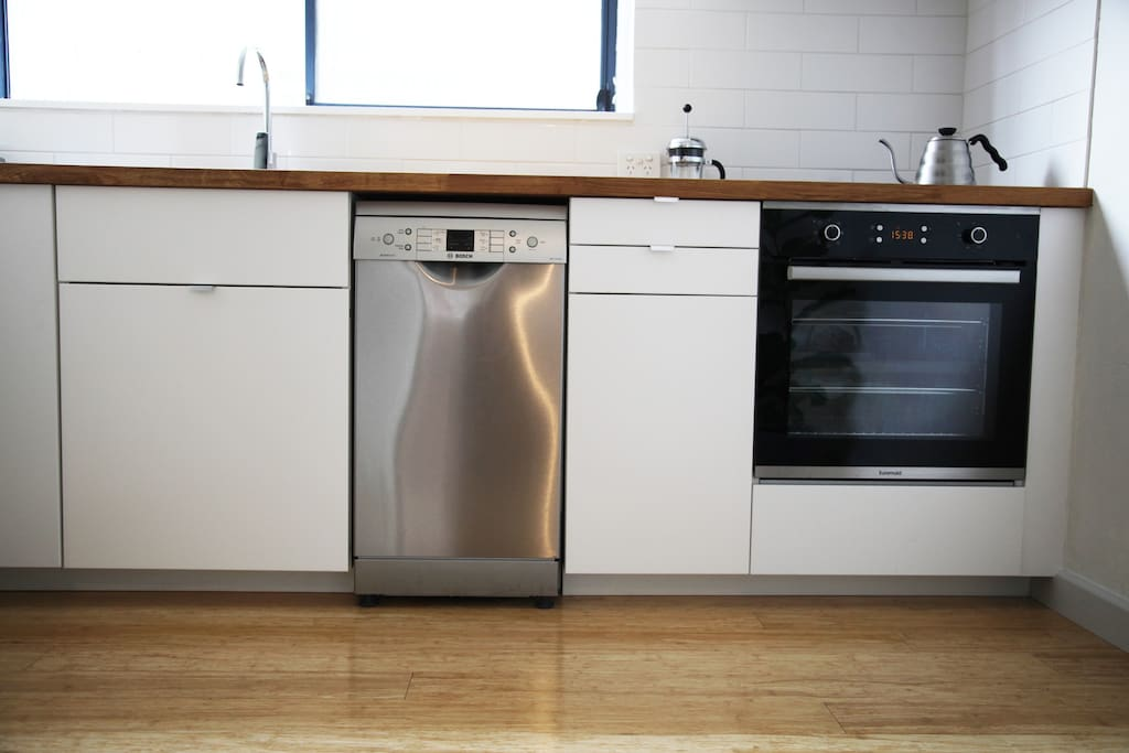 New appliances in the newly renovated kitchen :)
