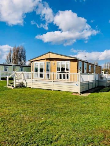 Island Rise Luxury Lodge, East Mersea, Essex