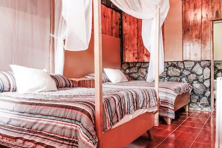 Quadruple Room - Turrialba - Pousada