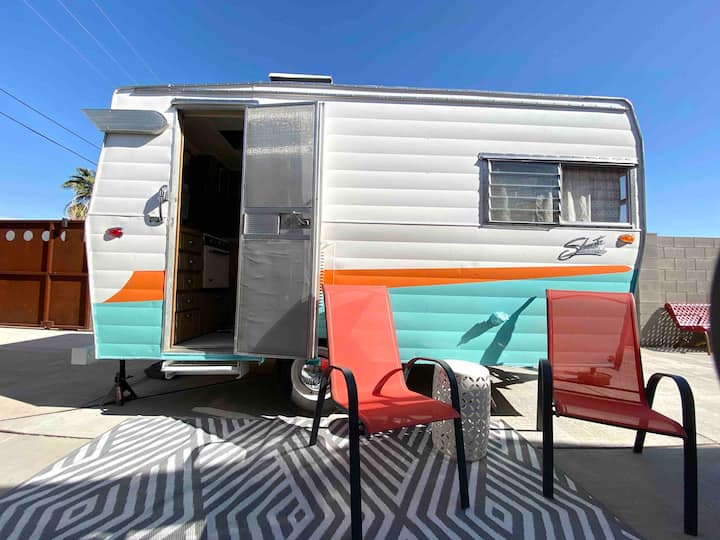 Scottsdale Retro Shasta Trailer