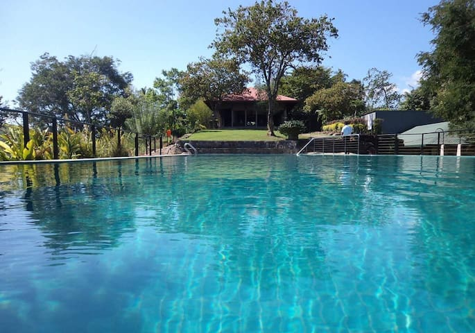 Victoria range bungalow Kandy.