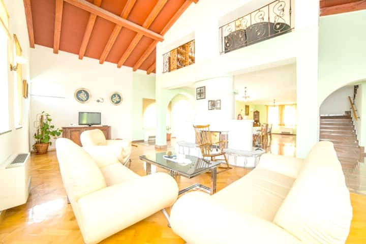 Apartment with 5 bedrooms in Labin, with wonderful mountain view, private pool, enclosed garden - 5 km from the beach