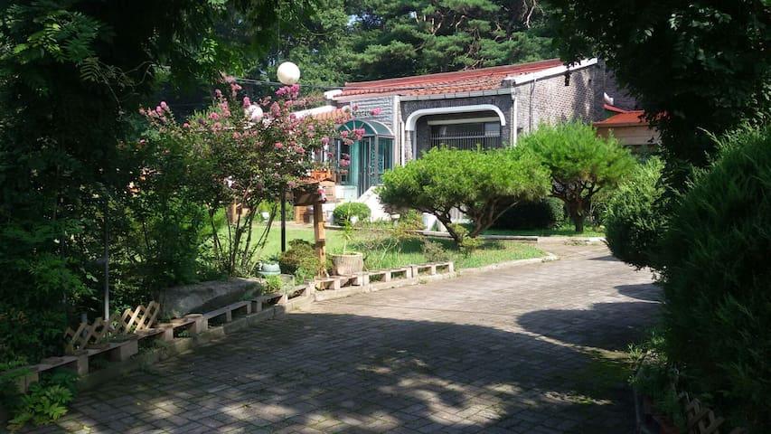 불.꽃.청.년.윤봉길의사고향마을에서시골생활을체험할수있는편한한공간 - 예산군 - Guesthouse