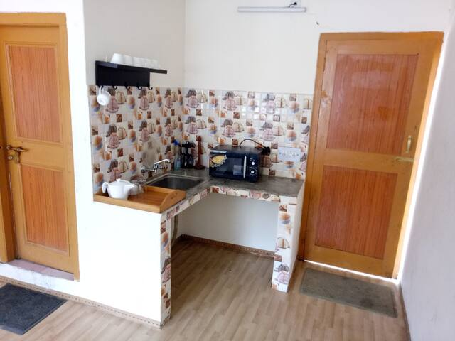 Room with a View!! Warm and Cozy studio!! - Manali - Casa