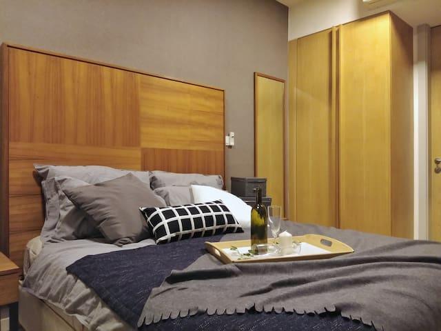 [NEW]KLCC 1 Bedroom 8 Min LRT 吉隆坡一房公寓 MH25#2