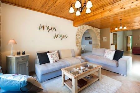 Beautiful luxury villa - Νέο Χωριό