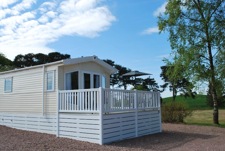 Static caravan in beautiful Lanark . Book Now.