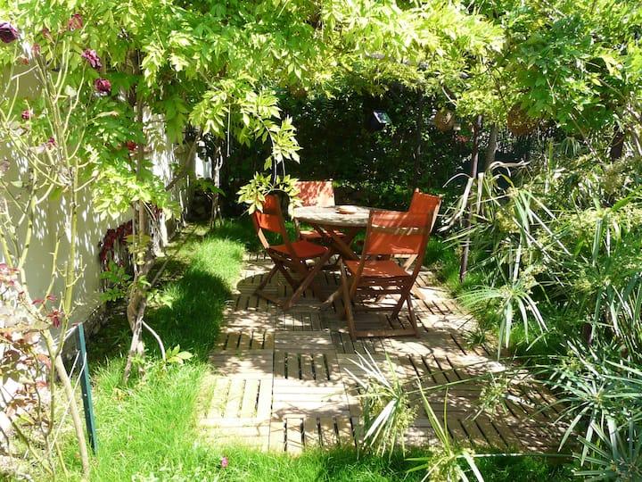 Maisonnette indépendante 30m2 avec jardin privatif