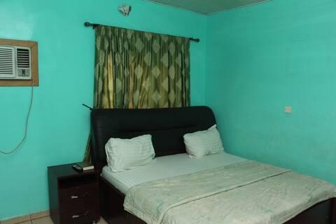 Daniel Suites - Standard Room