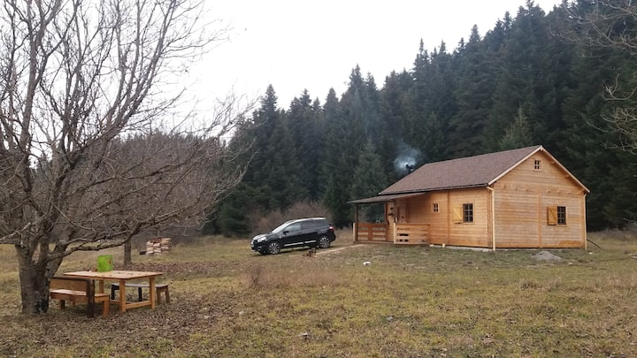 Wood Cabin only for Adventurers and Nature Lovers