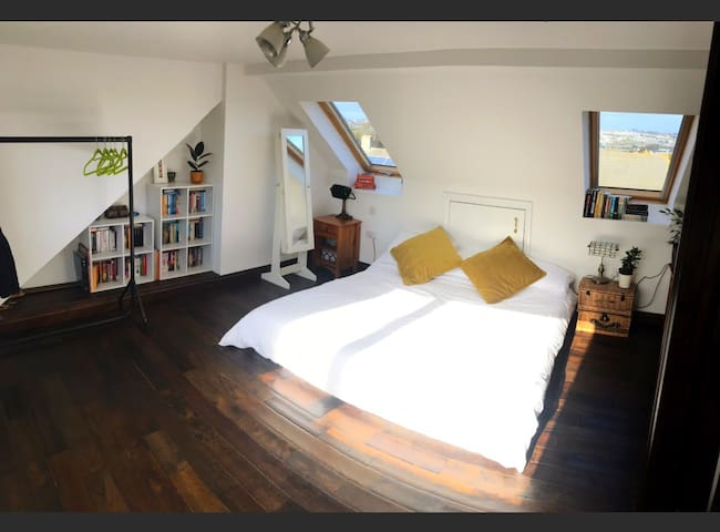 Spacious loft room with en-suite