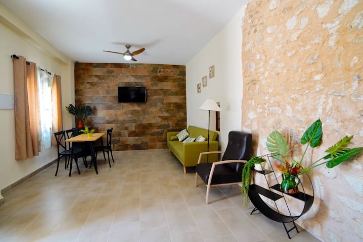 LAS COLMENAS RURALES - Casa Cueva con Jacussi