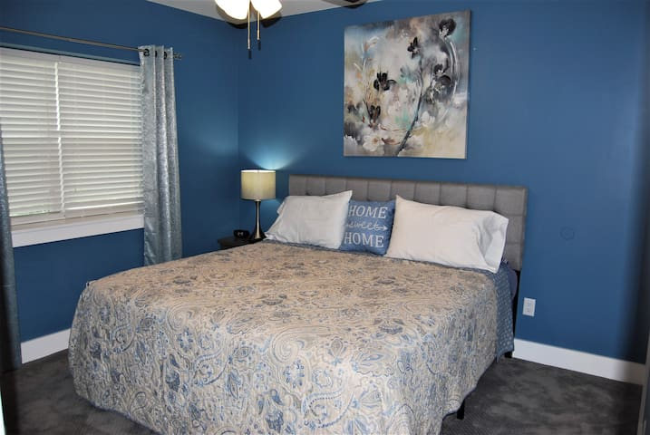 New Cozy Suite Close to Biltmore and Asheville.